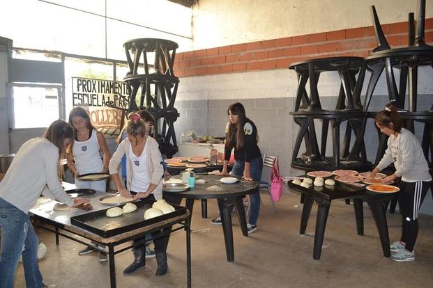 pizzas para sintético club Everton La Plata big_3ab73c08a70bb086cf570b235018409b