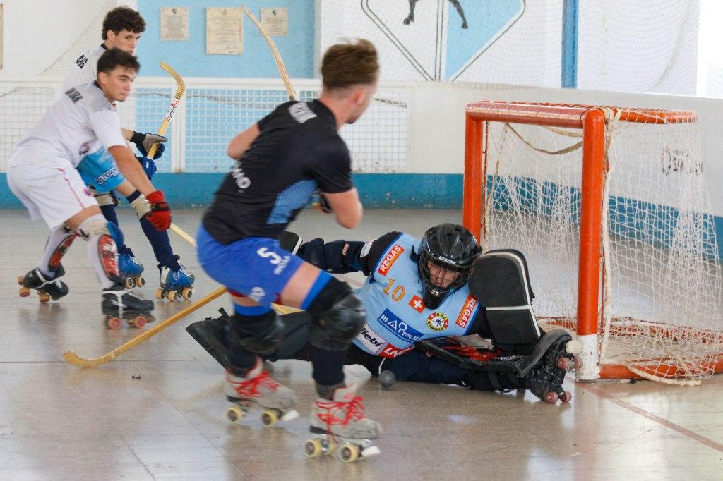 Hockey Sobre Patines: ARGENTINA TRABAJA CON MIRAS AL VENDIMIA
