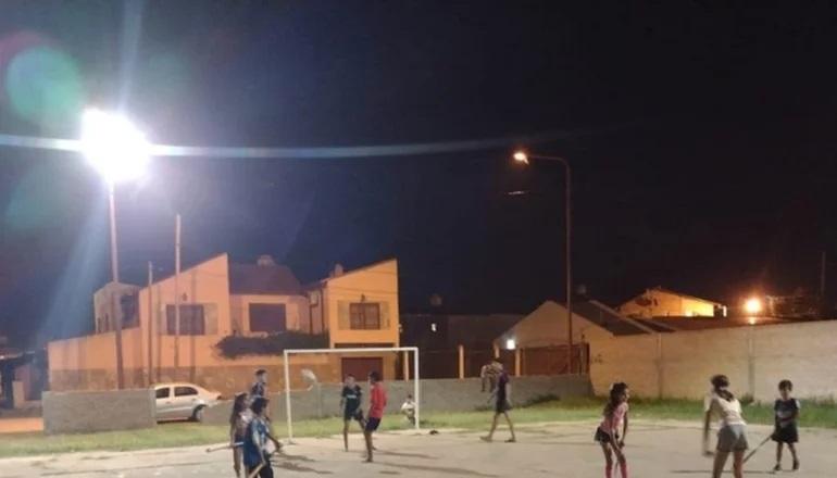 Corrientes: AMOR AL DEPORTE, UNA ESCUELA DE HOCKEY QUE NO COBRA CUOTAS